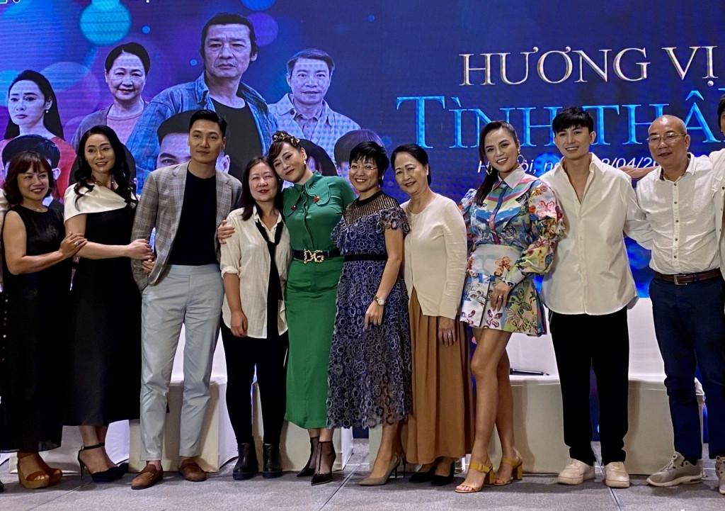Phương Oanh hé lộ thời điểm chia tay 'Hương vị tình thân': Khán giả hết sức tiếc nuối