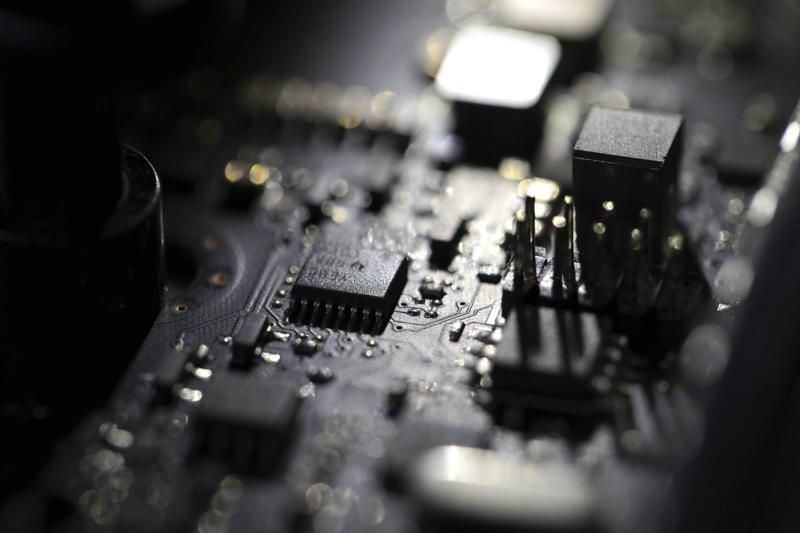 Vấn đề an ninh mạng lại tiếp tục nóng khi mới đây hàng trăm doanh nghiệp Mỹ lại bị tấn công mạng. (Nguồn: AP)