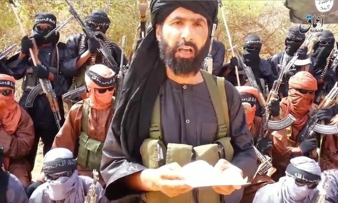 Adnan Abu Walid al-Sahrawi, thủ lĩnh của IS ở Sahel, Tây Phi. (Nguồn: Australian)