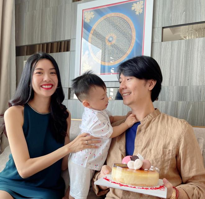 Hoa hậu Đỗ Thị Hà - Lương Thuỳ Linh đọ sắc quyến rũ với váy trễ vai - 8
