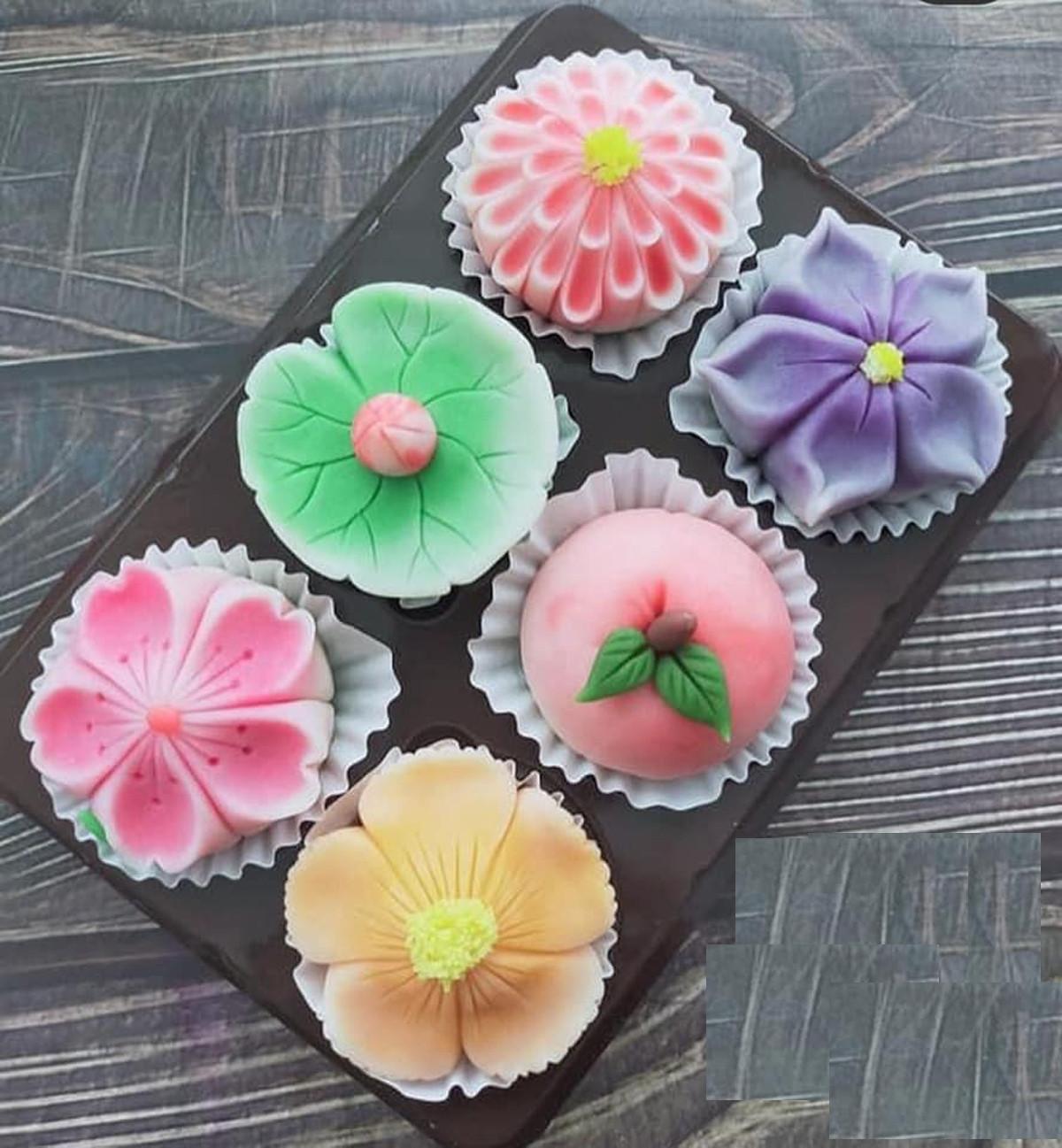 Đây là mẫu bánh Nhật Bản Namagashi, giá không