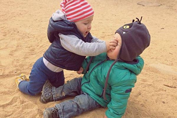 Trẻ thích đánh người - Nguyên nhân do đâu? Cha mẹ cần làm gì để trẻ không phạm lỗi lần sau?-2
