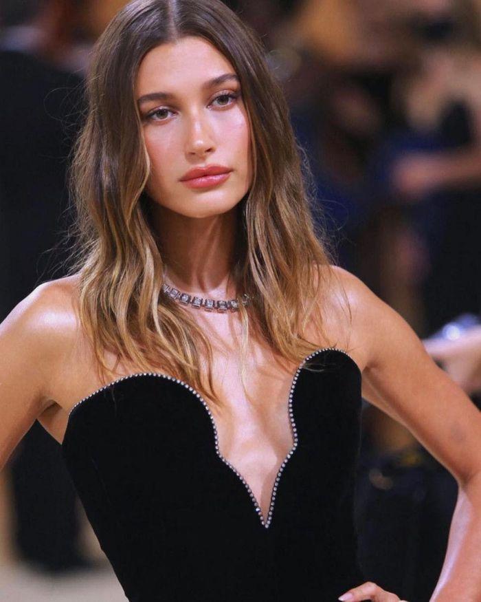 Những món nữ trang đắt giá nhất sự kiện thời trang Met Gala 2021-1