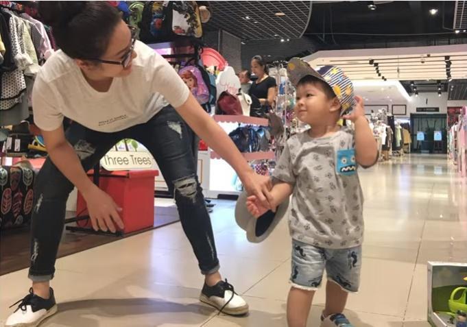 Nhật Kim Anh khóc mừng sinh nhật con, nhắc đến chồng cũ-6