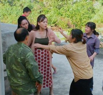 Lý do trang phục phim truyền hình Việt thường bị chê-1