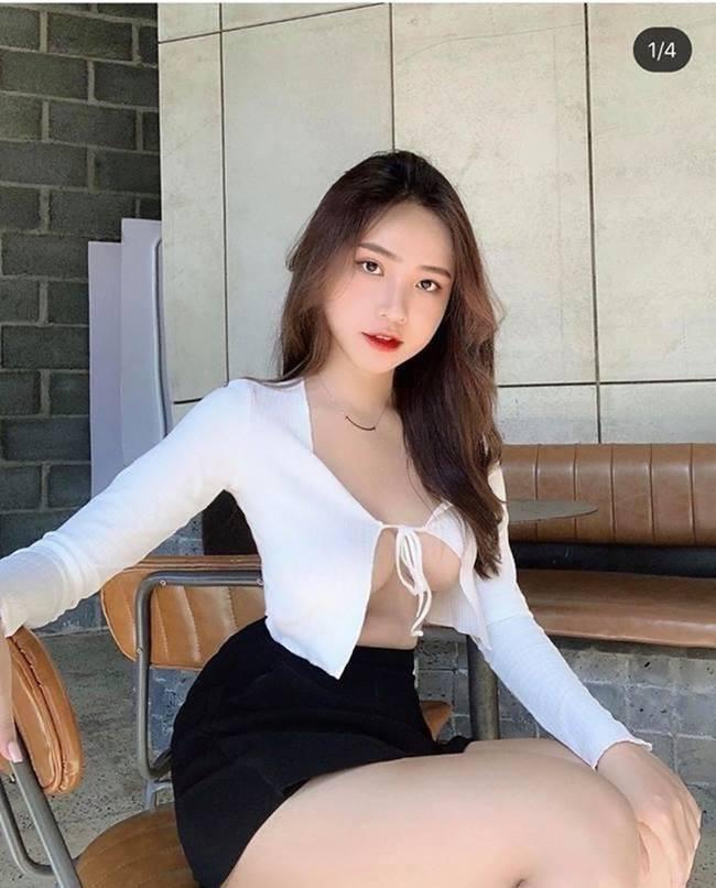 Tiểu thư Hà thành, Tóc Tiên mê áo
