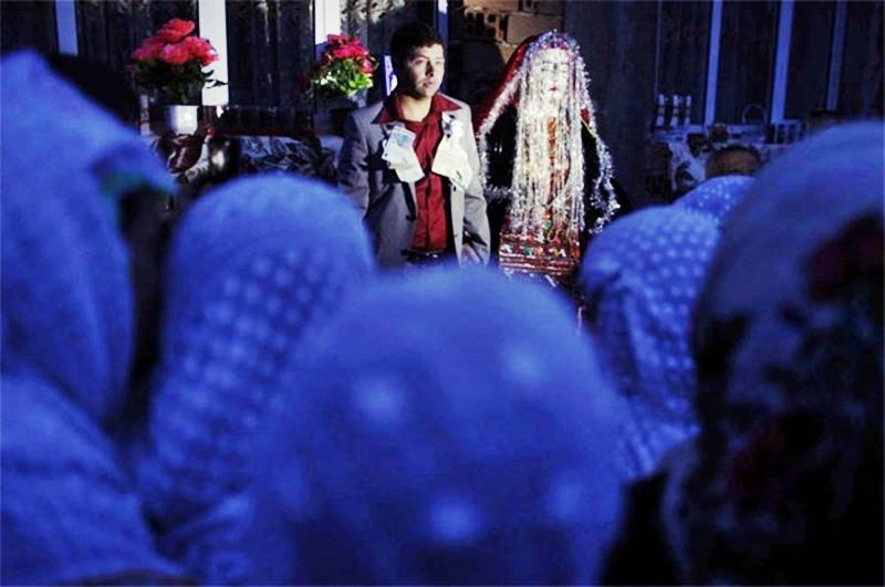 Tập tục hóa trang cô dâu trong ngày tân hôn kỳ lạ nhất thế giới - 8
