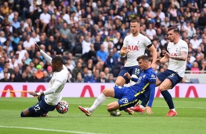 Đè bẹp Tottenham, Chelsea chiếm ngôi nhì bảng Ngoại hạng Anh - 1
