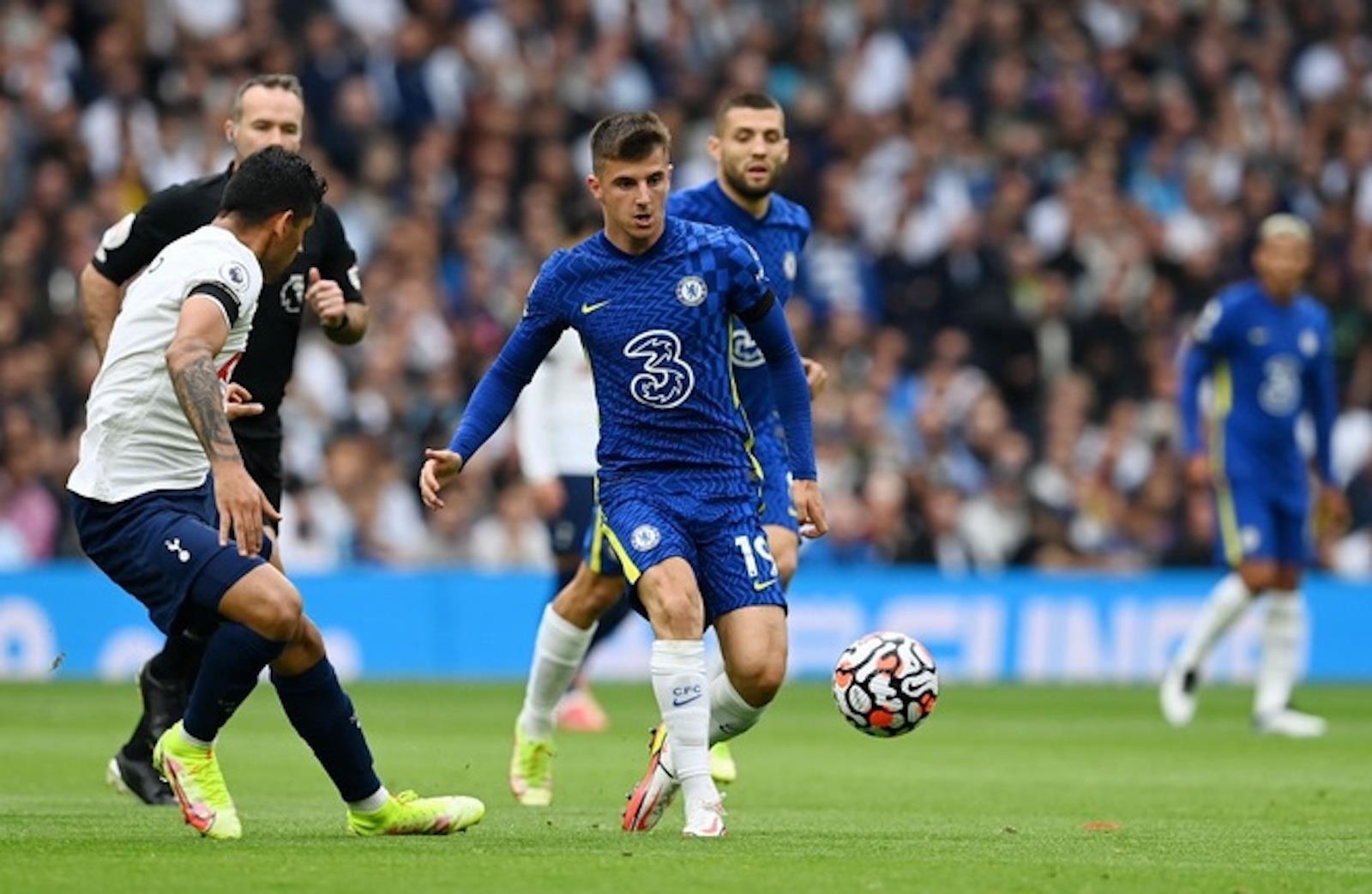 Đè bẹp Tottenham, Chelsea chiếm ngôi nhì bảng Ngoại hạng Anh - 2