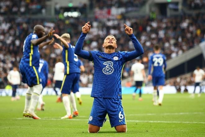 Đè bẹp Tottenham, Chelsea chiếm ngôi nhì bảng Ngoại hạng Anh - 3