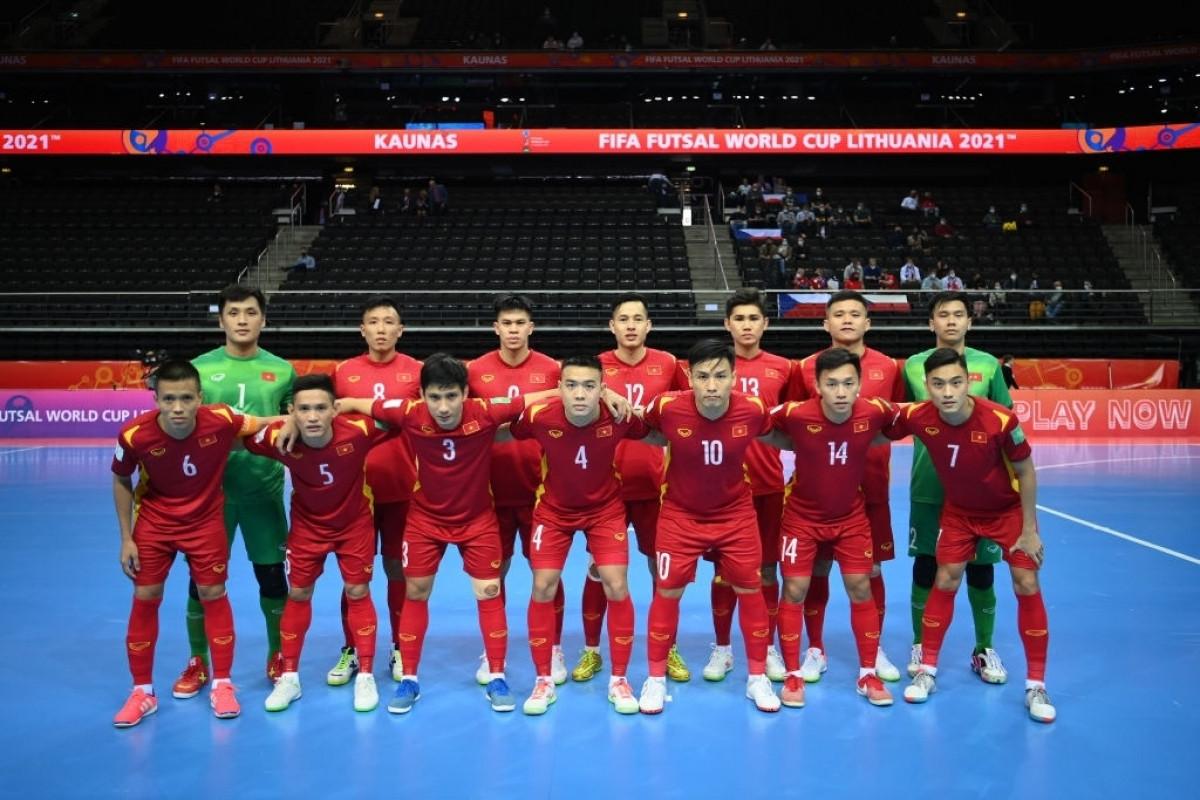 ĐT Futsal Việt Nam xuất sắc vượt qua vòng bảng Futsal World Cup 2021. (Ảnh: Getty)