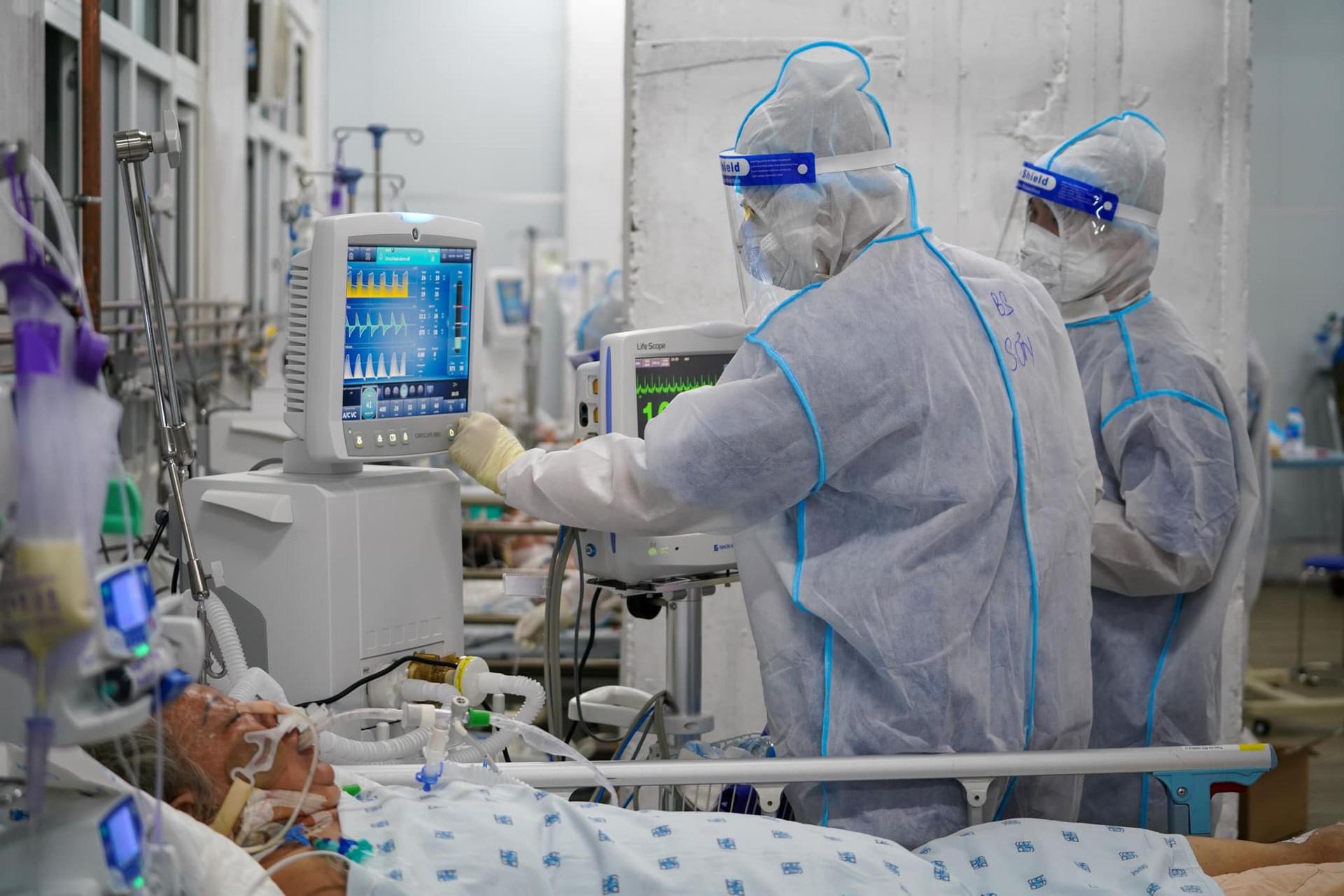 Sáng 20/9: Gần 5.400 ca COVID-19 nặng đang điều trị; 15 địa phương qua 14 ngày chưa ghi nhận F0 trong nước - Ảnh 2.
