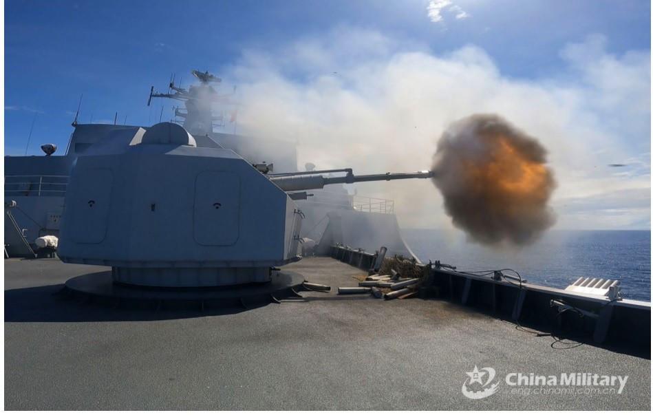 Tàu chiến Trung Quốc trong một cuộc tập trận gần đây CHỤP MÀN HÌNH CHINAMIL.COM.CN