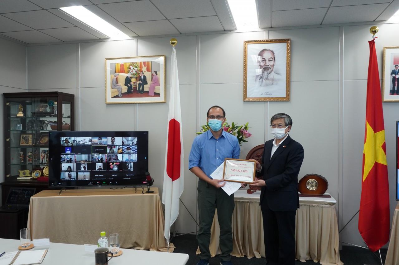 Người Việt tại Nhật Bản ủng hộ 1,6 tỷ cho Quỹ Vaccine phòng chống Covid-19