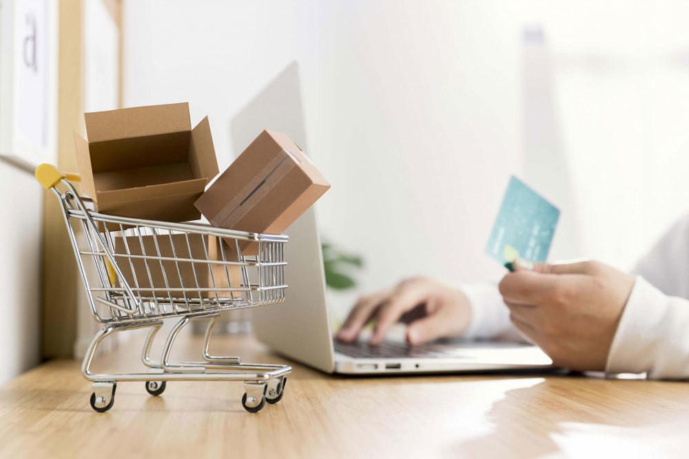 Mua hàng online nhiều, làm sao để tiết kiệm phí chuyển khoản, phí thanh toán?