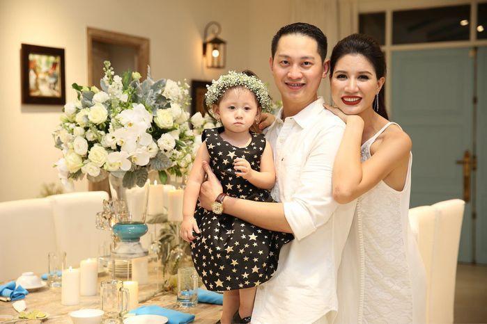 Choáng ngợp quà bạc tỷ tặng con của dàn sao Việt-7