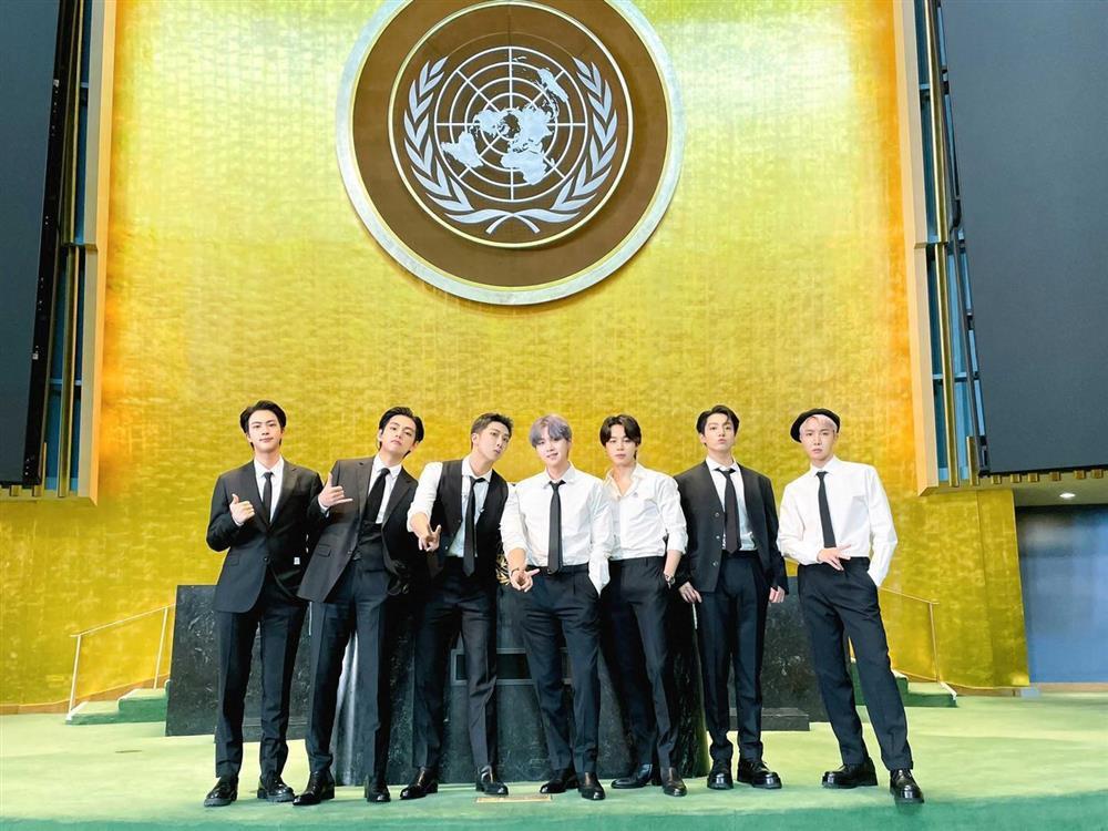 Màn trình diễn hoành tráng của BTS giữa trụ sở Liên Hợp Quốc-2