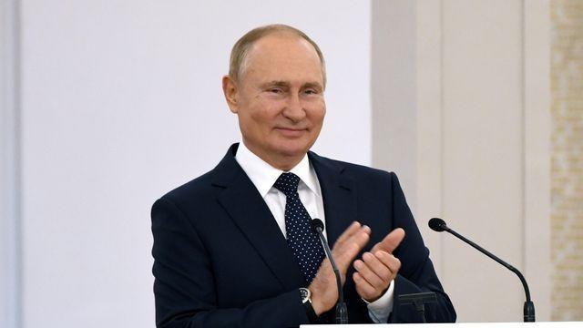 Bầu cử Hạ viện Nga: Đảng cầm quyền thắng áp đảo, ông Putin cảm ơn sự tin tưởng của người dân Nga, Trung Quốc ủng hộ. (NGUỒN: SKY NEWS)