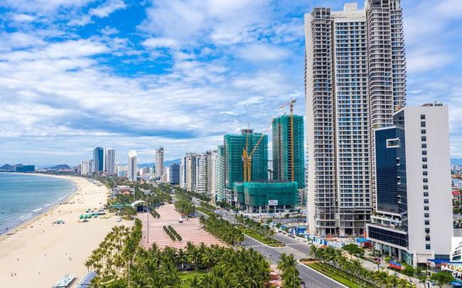 UBND tỉnh Bình Định yêu cầu Sở Xây dựng tạm dừng cấp phép xây dựng đối với các dự án condotel. (Nguồn: cafef.vn)