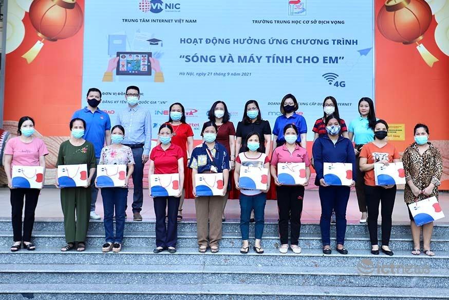 Hỗ trợ học sinh Hà Nội, Đà Nẵng, TP.HCM tạo lập thói quen sử dụng Internet an toàn