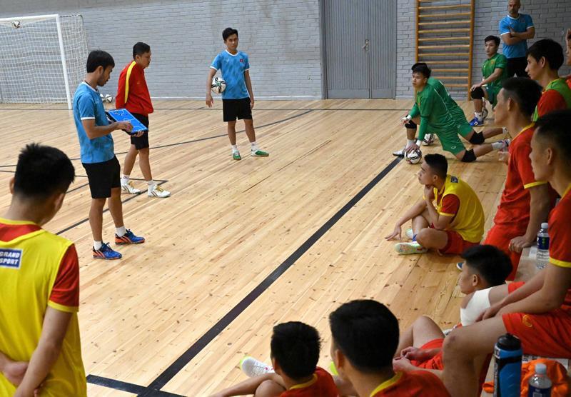 Tuyển futsal Việt Nam thiệt quân trước trận gặp Nga  - 3