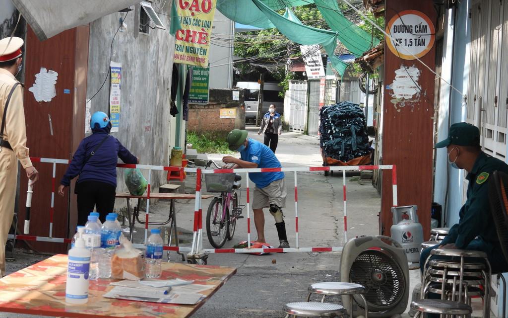 Truy vết 170 F1 liên quan 3 ca COVID-19 cộng đồng, Hà Nam cấp bách phòng chống dịch