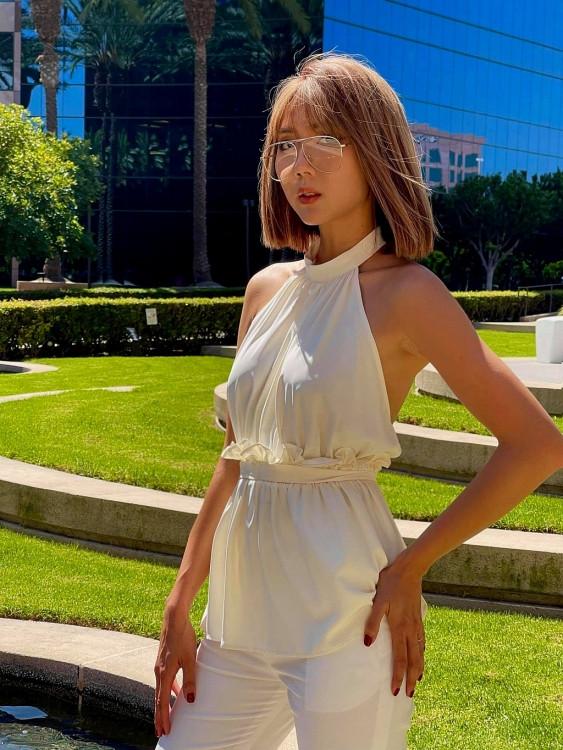 Ngọc Quyên trẻ trung, sành điệu với trang phục hè – thu