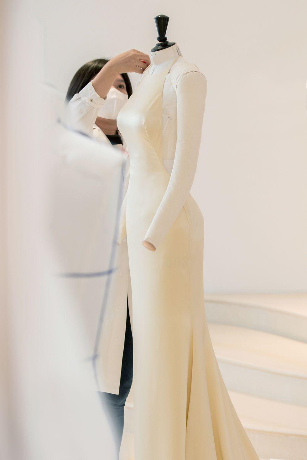 Ngắm bản vẽ trang phục của Anya Taylor-Joy tại giải Emmy - 4