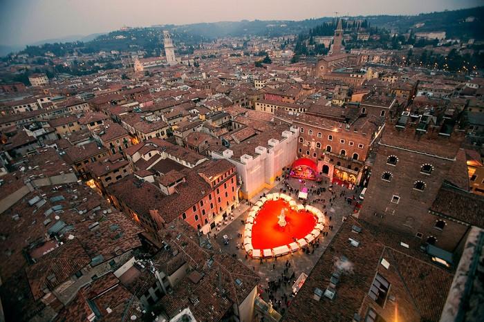 Những lễ hội ở Ý sôi động nhất xứng đáng để bạn book ngay một kỳ nghỉ khi hết dịch - 8