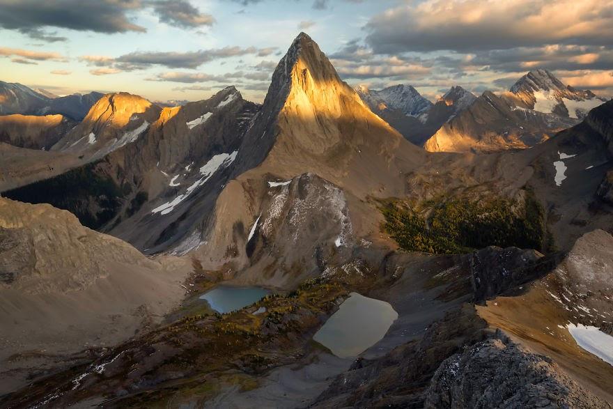 Choáng ngợp trước thiên nhiên hùng vĩ qua bộ ảnh của cặp đôi Canada - 15