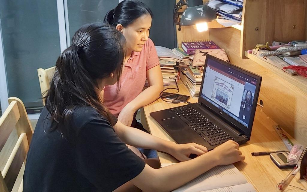 Đăng ký học thêm online cho con: Chính phụ huynh đang gây áp lực với trẻ? - 2