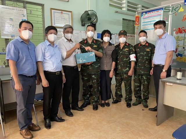 Thứ trưởng Bộ Y tế Nguyễn Trường Sơn: Chúng ta đã thấy ánh sáng cuối đường hầm - Ảnh 3.