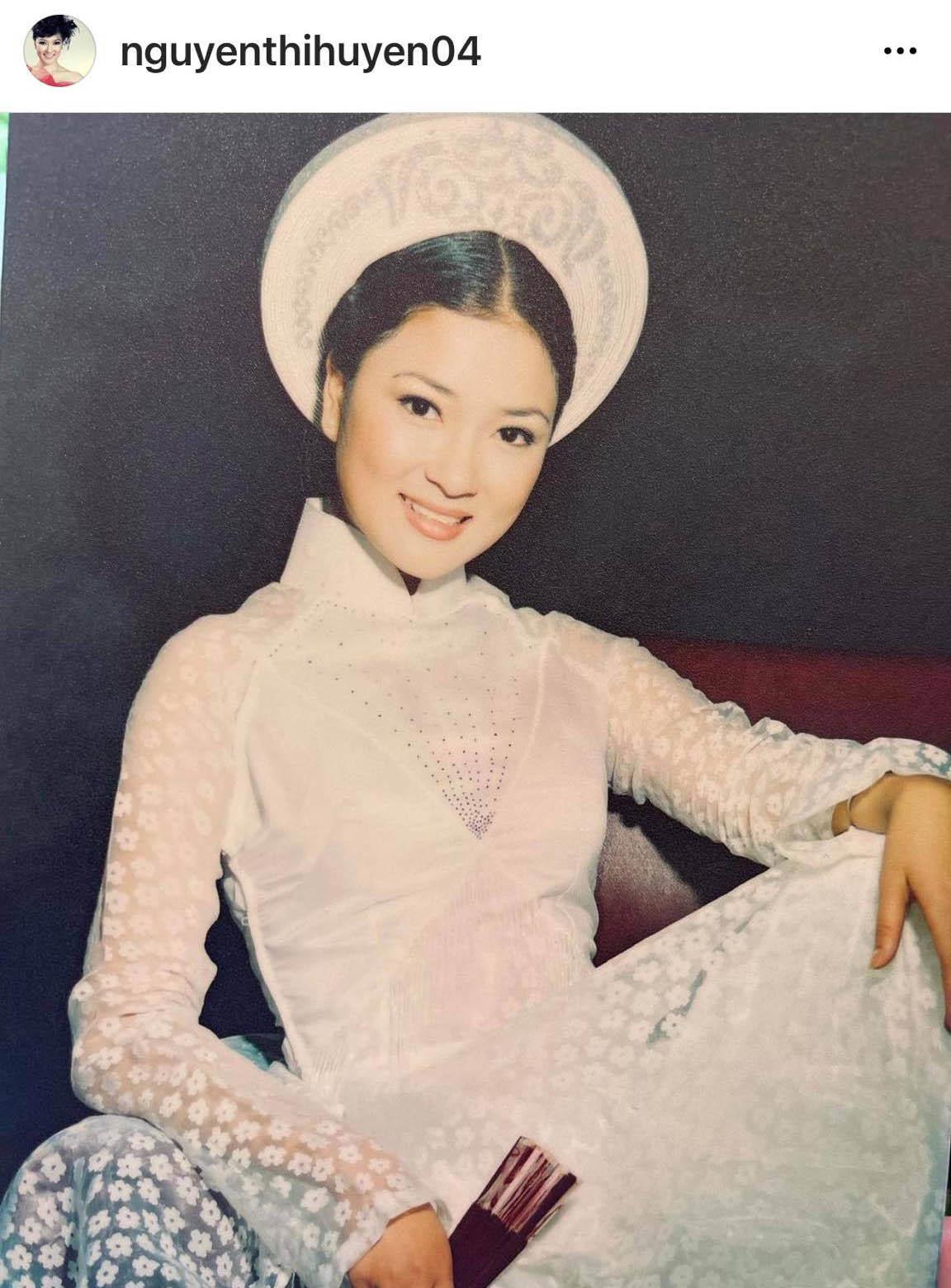 """Ngỡ ngàng với vẻ đẹp """"hoa hậu của các hoa hậu"""" Nguyễn Thị Huyền 17 năm trước - 3"""