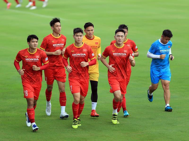 BLV Quang Huy: 'Malaysia là đối thủ nguy hiểm, tuyển Việt Nam cần nhân tố mới' - 1