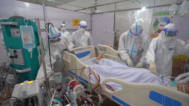 Bệnh viện dã chiến đa tầng Tân Bình - hiệu quả trong việc giành giật sự sống cho người bệnh COVID-19 - Ảnh 3.