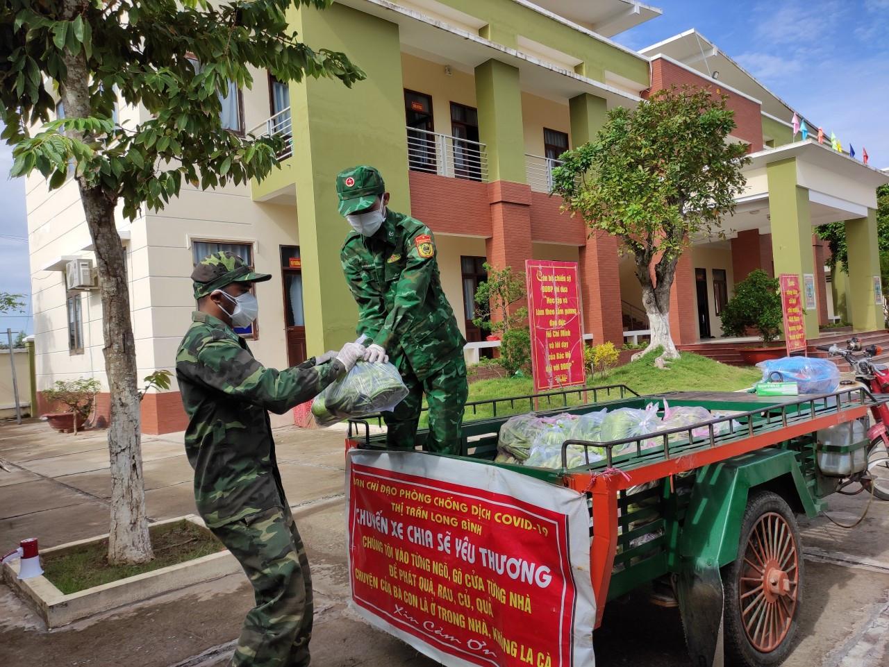 Bộ đội Biên phòng An Giang hỗ trợ 530 suất quà cho người dân vùng biên giới