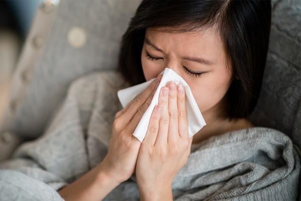 Các triệu chứng thay đổi khiến nhiều người không biết mắc Covid-19