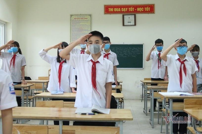 Chi tiết mức hỗ trợ học phí với học sinh Hà Nội