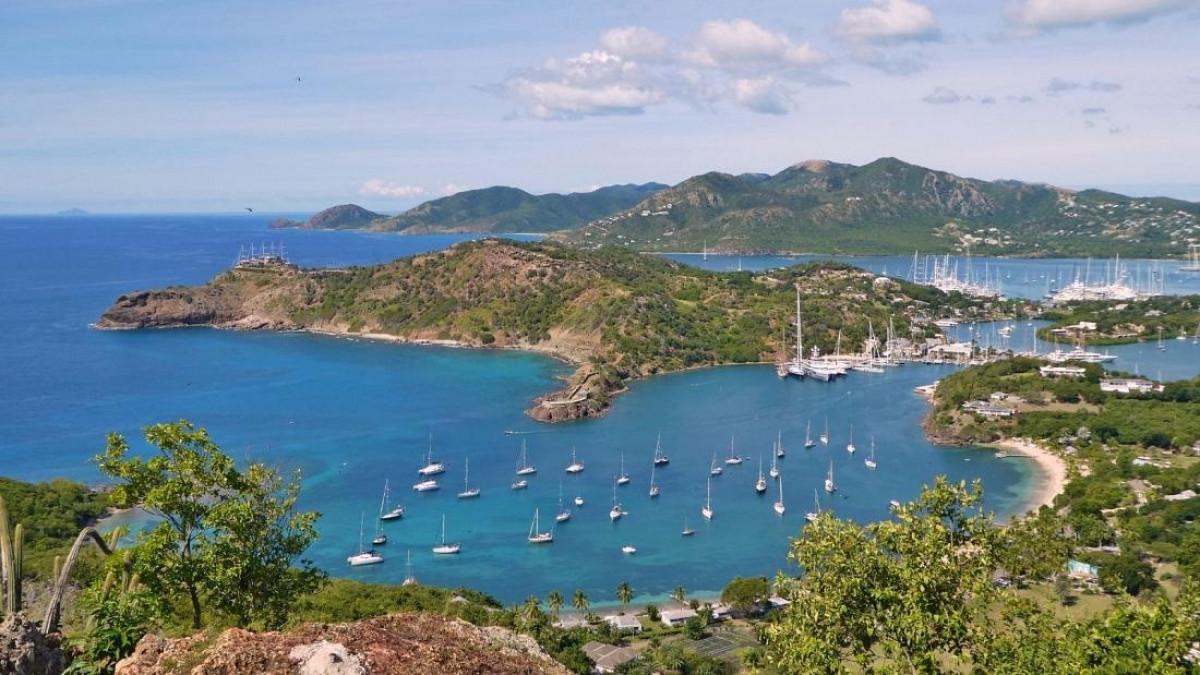 Hòn đảo chỉ đón khách du lịch giàu có - 1