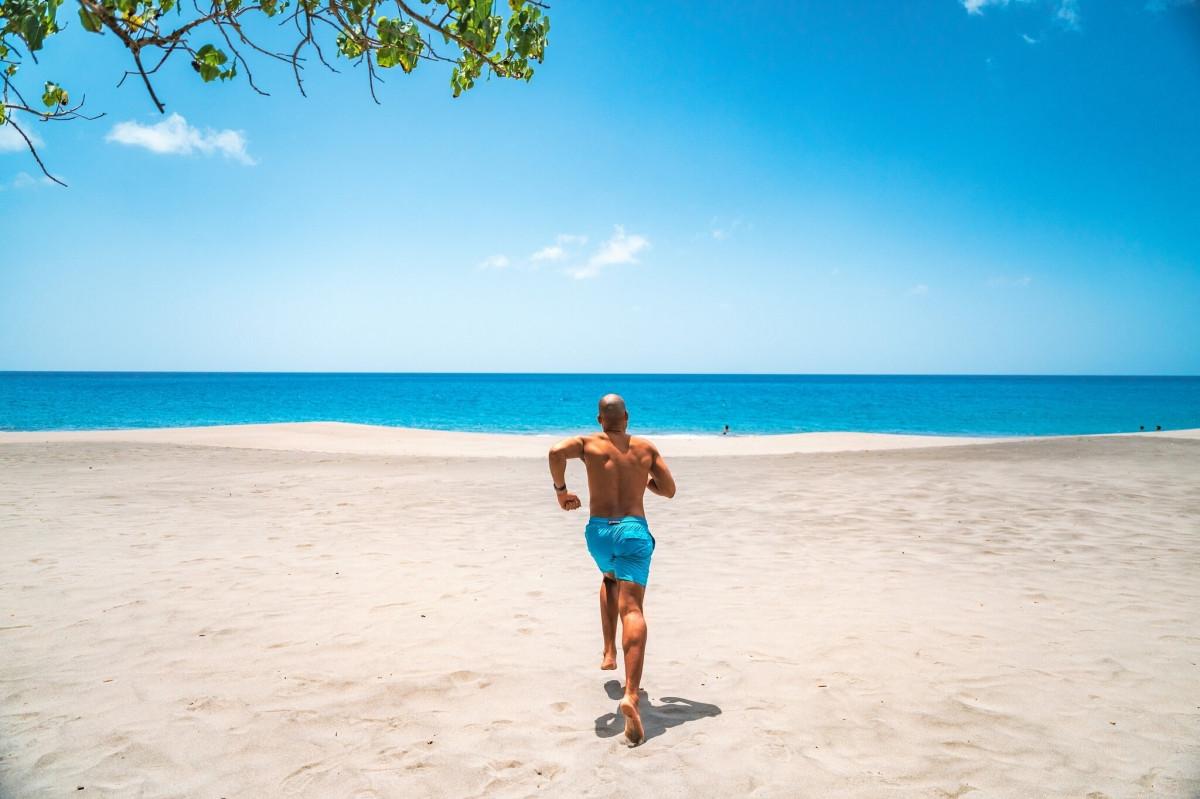 Hòn đảo chỉ đón khách du lịch giàu có - 2