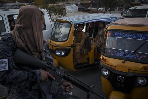 Taliban liên tục bị tấn công ngay tại Afghanistan, chưa lực lượng nào nhận trách nhiệm