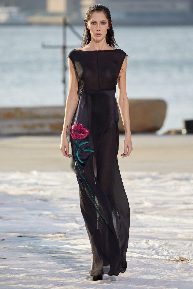 Nhà thiết kế gốc Việt lừng danh thế giới ra mắt thiết kế mới tại Tuần thời trang New York - 9