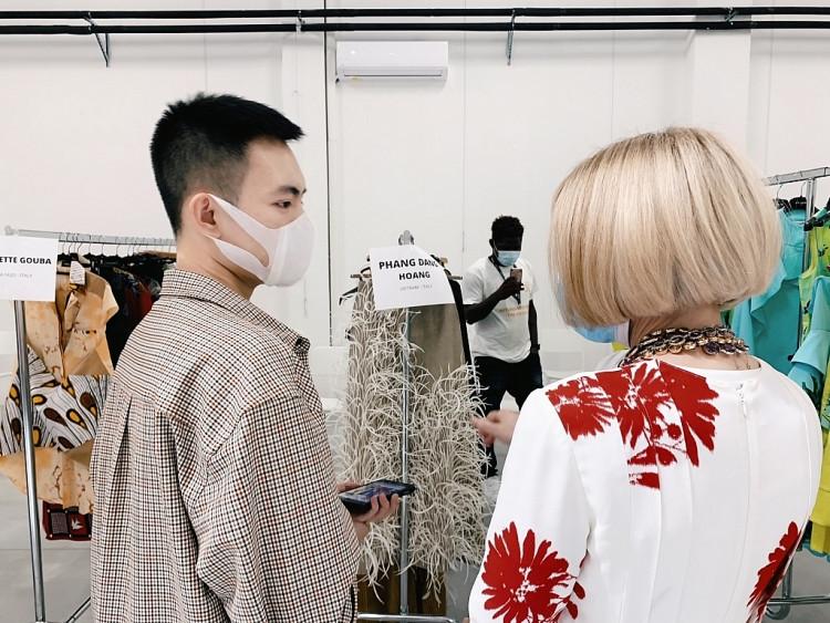 NTK Phan Đăng Hoàng được Naomi và Anna Wintour khen trước show diễn chính thức tại 'Milan Fashion Week'