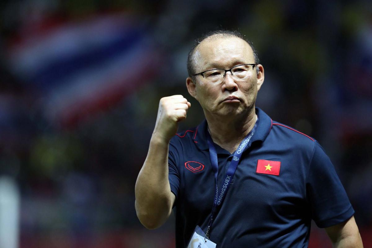 Tuyển Việt Nam: Hãy thực tế với AFF Cup, đừng để ngã đau