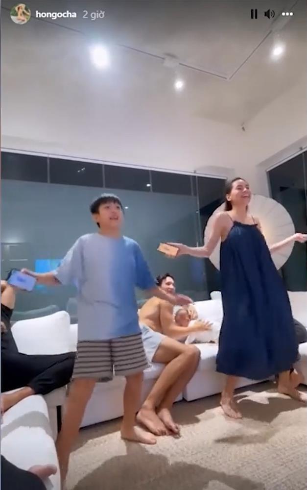 Kim Lý phải bảo vệ Lisa khi Hồ Ngọc Hà nhảy cùng Subeo-3