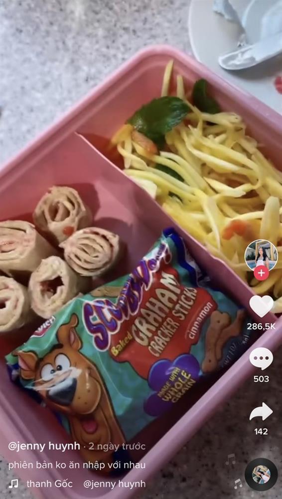 Bữa trưa mang đi học siêu đơn giản của rich kid Jenny Huỳnh-2