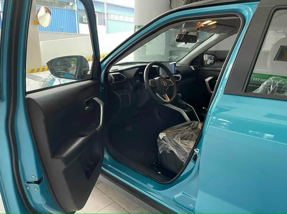 Cận cảnh Toyota Raize tại đại lý