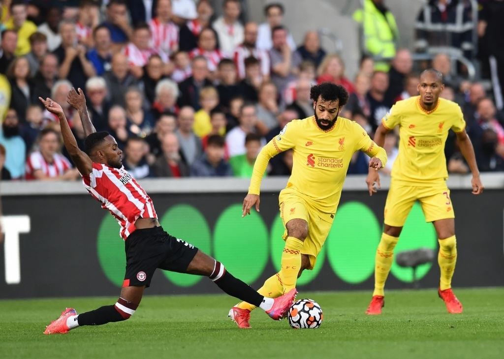 Kết quả Ngoại Hạng Anh: Chật vật hòa Brentford, Liverpool độc chiếm ngôi đầu - 1