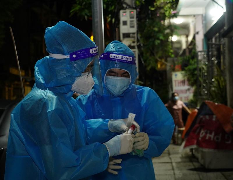Phó giám đốc Sở Y tế Hà Nam giải thích nguyên nhân về ca mắc COVID-19 cộng đồng  - Ảnh 3.