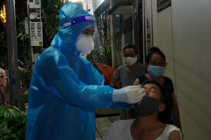 Phó giám đốc Sở Y tế Hà Nam giải thích nguyên nhân về ca mắc COVID-19 cộng đồng  - Ảnh 2.